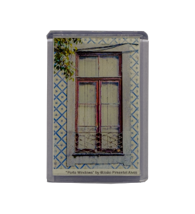 Rectangular acrylic magnet with photograph of Porto Window Dimension: 5.1cm x 7.7cm